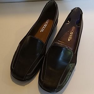 Never worn Aerosoles Brown comfortable loafers 7